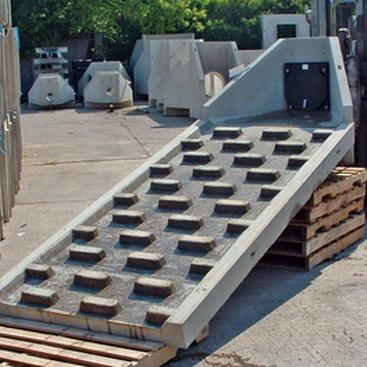Precast Headwall With Spillway Baffle Blocks