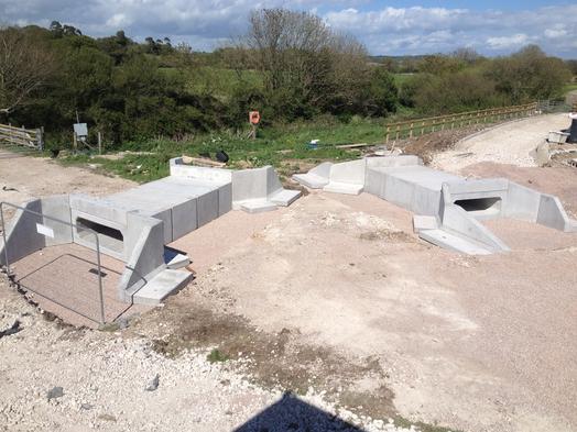 Precast Concrete Wingwalls : Case studies althon